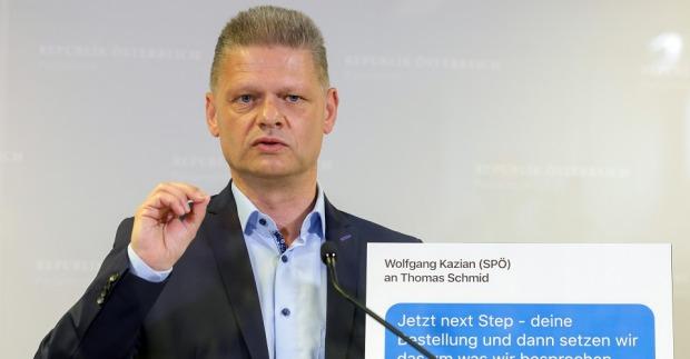 Wie korrupt ist Österreich? Kurz und Hanger unterstützen Volksbegehren