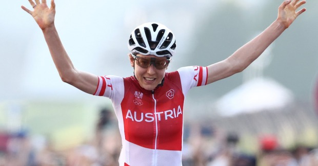 Sensation: Anna Kiesenhofer holt sich Olympia-Gold
