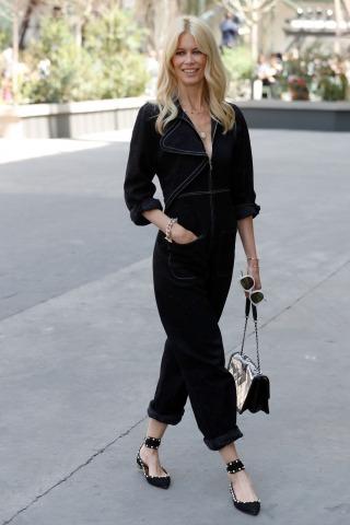 Claudia Schiffer Chanel Modenschau