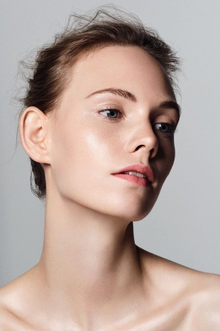 Porträt junge Frau | Clean Beauty Concept