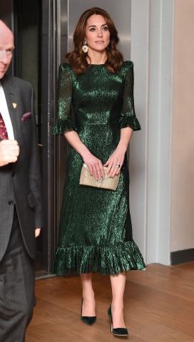 Herzogin Kate, zu sehen im Ganzkörperporträt