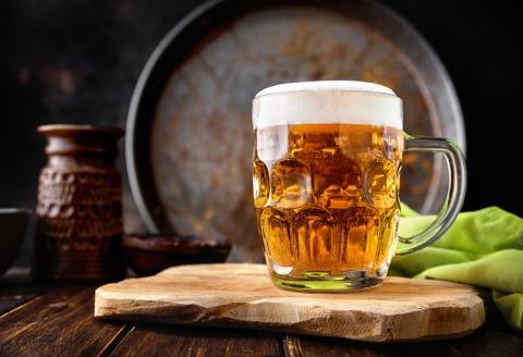 103 Liter Bier trinkt der Österreicher jährlich | Credit: iStock.com/Yummy pic