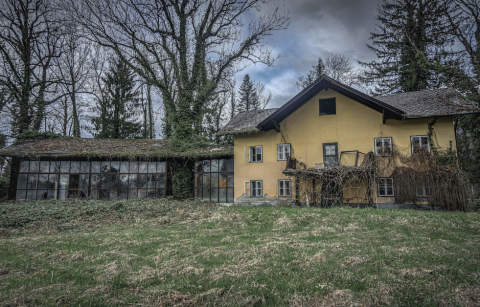 Verfallene Stadtvilla | Credit: urbex_photography_roli