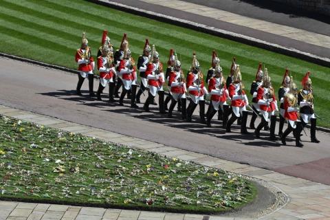 Mitglieder der Kavallerie erweisen Prinz Philip die letzte Ehre | Credit: JUSTIN TALLIS / AFP / picturedesk.com