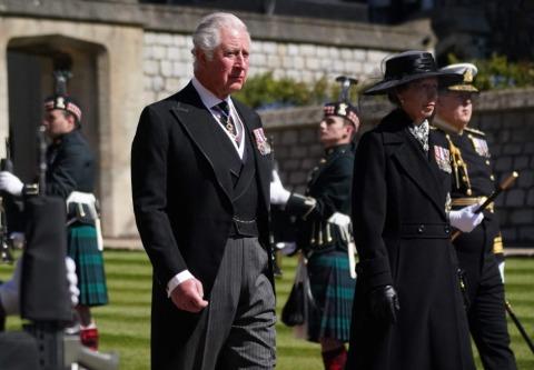 Sichtlich gezeichnet: Prinz Charles und seine Schwester Anne | Credit: VICTORIA JONES / AFP / picturedesk.com