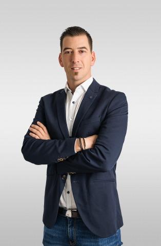 Porträt des Immoreal Kärnten Geschäftsführers David Münzer