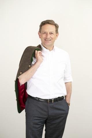 Porträt des ÖVP-Wirtschaftssprechers Christian Benger