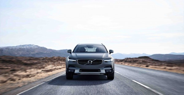 Zlatan der Wikinger: Volvo V90 Cross Country