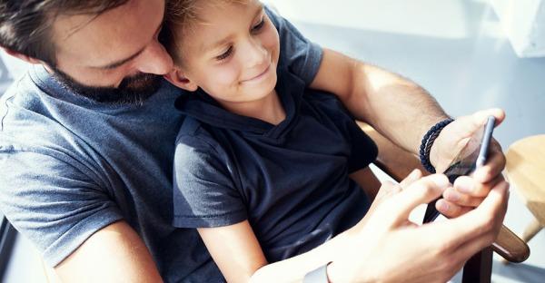 16 goldene Smartphone-Regeln für besorgte Eltern