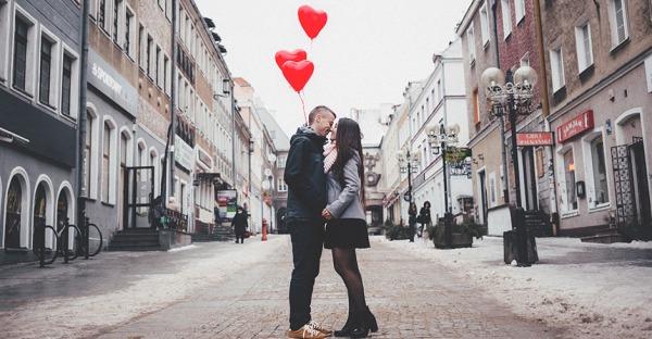 10 kleine Liebesgesten für eine glückliche Beziehung