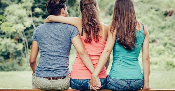 Beziehungen: 3 sind einer zu viel!