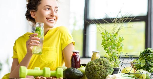 10 Lebensmittel, die den Körper entwässern