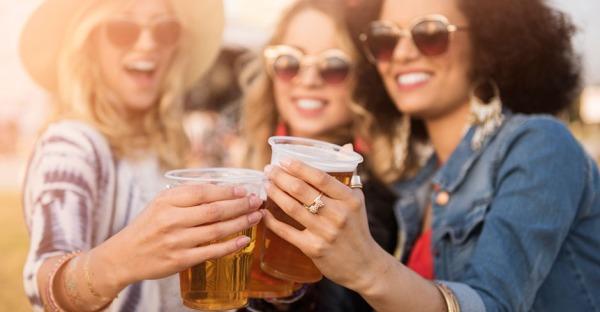 Kommt der Bierbauch wirklich vom Bier?