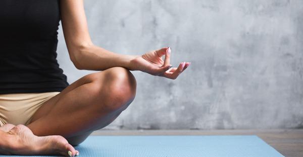 Kurze Pause: So einfach geht eine 5-Minuten-Meditation