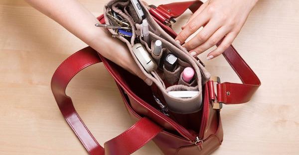 5 Tipps für mehr Ordnung in der Handtasche
