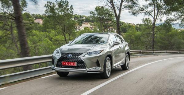 Lexus RX 450h: Lichtgestalt statt Blender