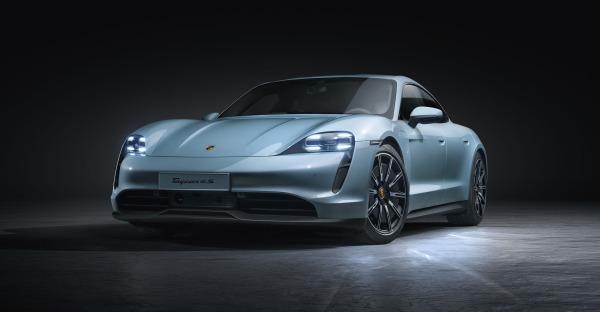 Porsche Taycan 4S: Der Ferry wäre stolz auf dich