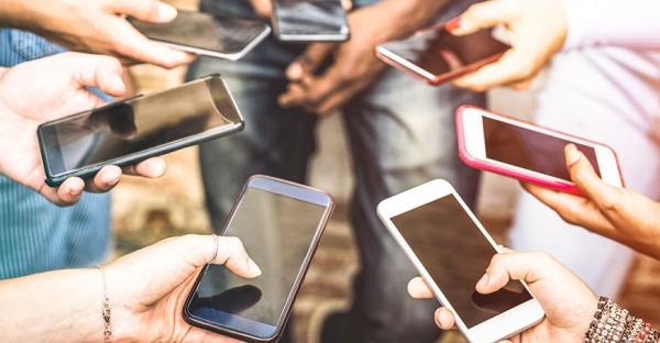 Die 6 häufigsten Handy-Krankheiten