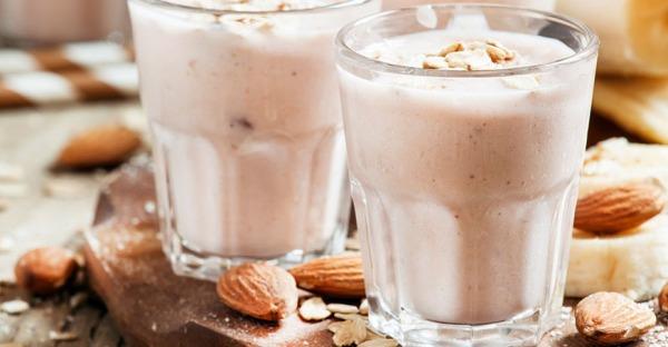 6 Vorteile von weißen Smoothies