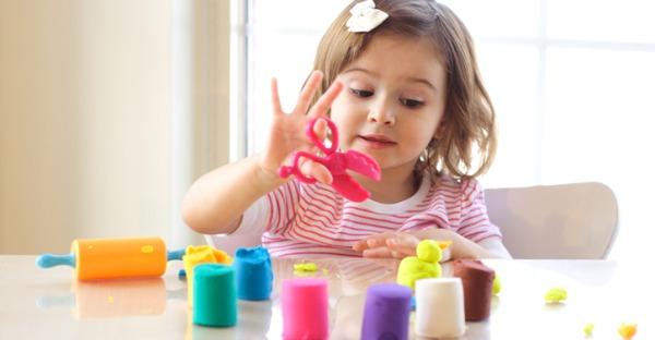 Corona: Zuhause statt Kindergarten. Tag 11: Schleim selber machen