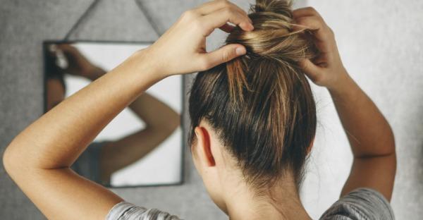 8 Tricks, um Haaransätze zu verstecken