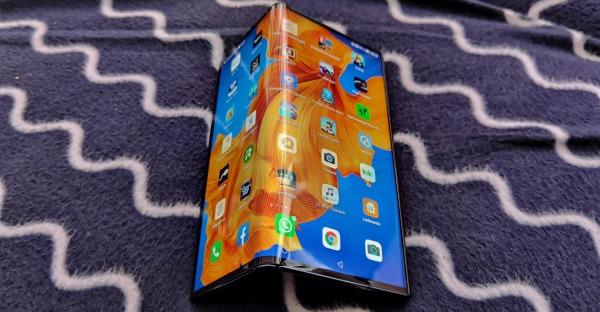 "Huawei Mate Xs im Tech-Blog-Test: ""Sorgenfalten"""