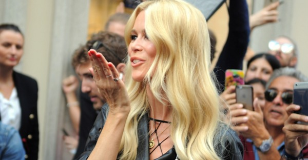 Model, Muse, Mutter: 10 coole Looks von Claudia Schiffer