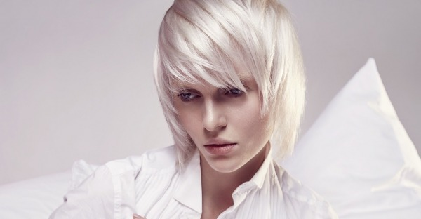Frisur im Fokus: 5 Trends aus den Salons, von Pflege bis Schnitt