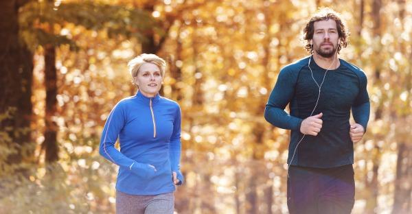 Die besten Tipps, um fit durch den Herbst zu kommen