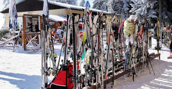 5 Gründe, Ski-Ausrüstung zu leihen