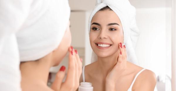 Mit diesen Tipps beleben Sie Ihre Haut wieder
