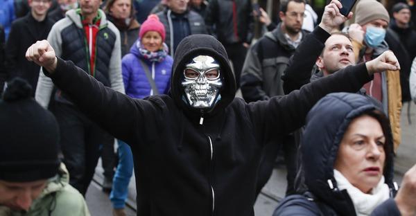 Rechtsextreme unterwandern Grazer Corona-Demo