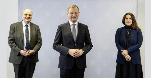 """""""Oberösterreich kommt besser durch die Krise"""""""