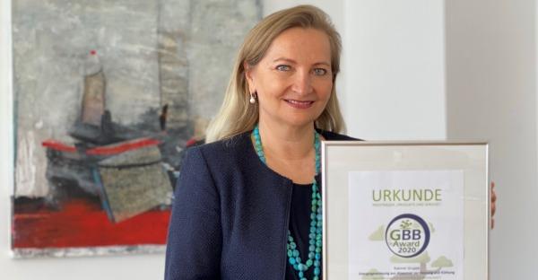 Bonsai als Preis: Rabmer Gruppe erhält Nachhaltigkeits-Award