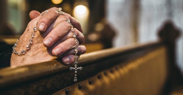 Glaube in der Krise: Weniger Kirchenaustritte