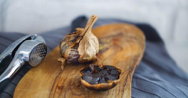Schwarzer Knoblauch: Was das Trend-Food kann