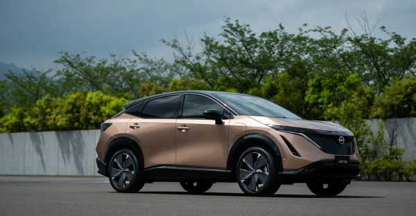 """Nissan Neuheiten 2021 - Eine japanische """"Ariya"""""""
