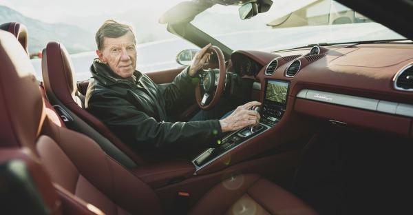 Interview: 3 Fragen an Walter Röhrl - 25 Jahre Porsche Boxster
