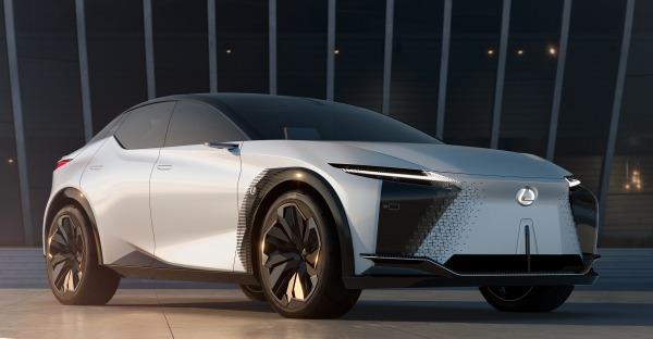 Lexus unter Strom