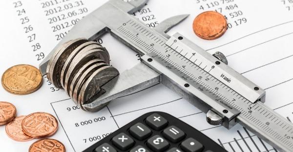 Geld sparen trotz Kredit? So funktioniert die Umschuldung