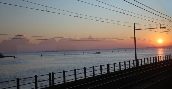 Unterwegs im Nachtzug: Ein Retreat auf Schienen