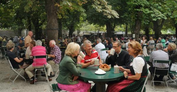 Frage der Woche: Was ist Ihr liebster Gastgarten in Salzburg?