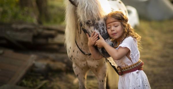 """Kinder & Pferde: """"Mama, ich will ein Pony!"""""""