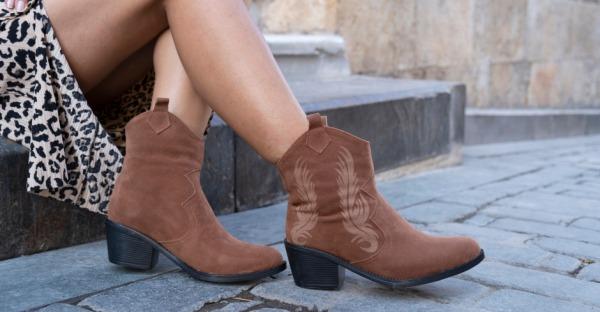 Cool in Boots: So trägt man sie im Sommer