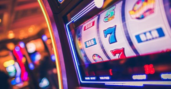 Zahlen progressive Jackpot-Slots Preise in BTC aus?