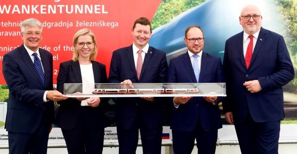 Bahn frei für den erneuerten Karawanken-Eisenbahntunnel