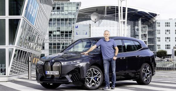 Erster Test BMW iX: Elektro-Bayer