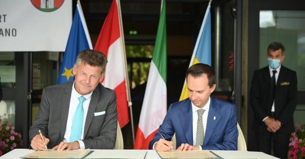 Offizielle Unterzeichnung des Partnerschaftsvertrages