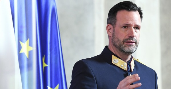 #schnapptshorty: Kripo-Chef will Anti-Kurz Buch verbieten