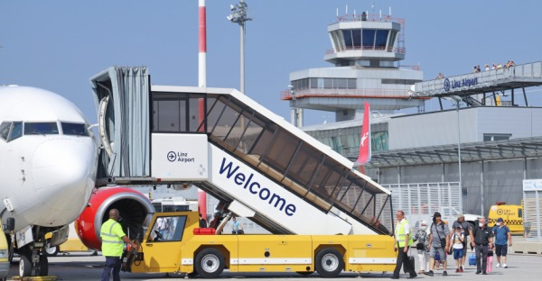 Linz Airport: Cleared for TAKE OFF